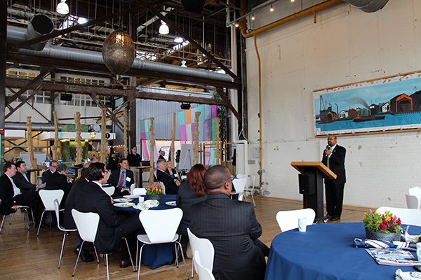 Mayor Michael Nutter speaks to executives at the breakfast